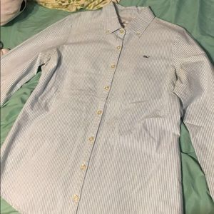 Female Washed out blue Vineyard vines button down
